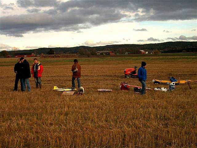 phoca_thumb_l_fossum testflyvning for naboer 001